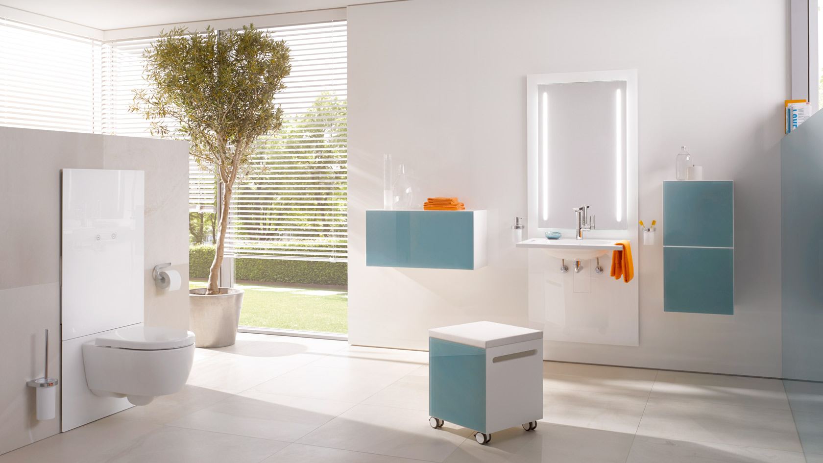 Furniture M40 includes design bathroom furniture with washbasins, high-gloss cabinets and base cabinets. M40 is also suitable for the accessible bathroom.