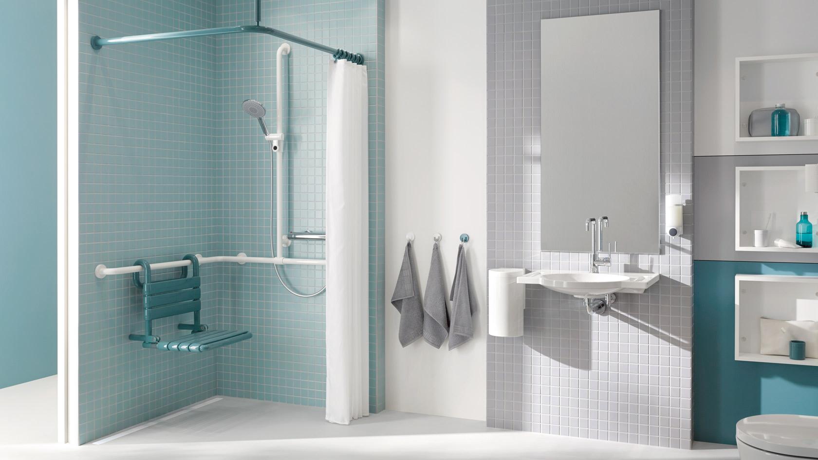 behindertengerechte dusche masse. Black Bedroom Furniture Sets. Home Design Ideas