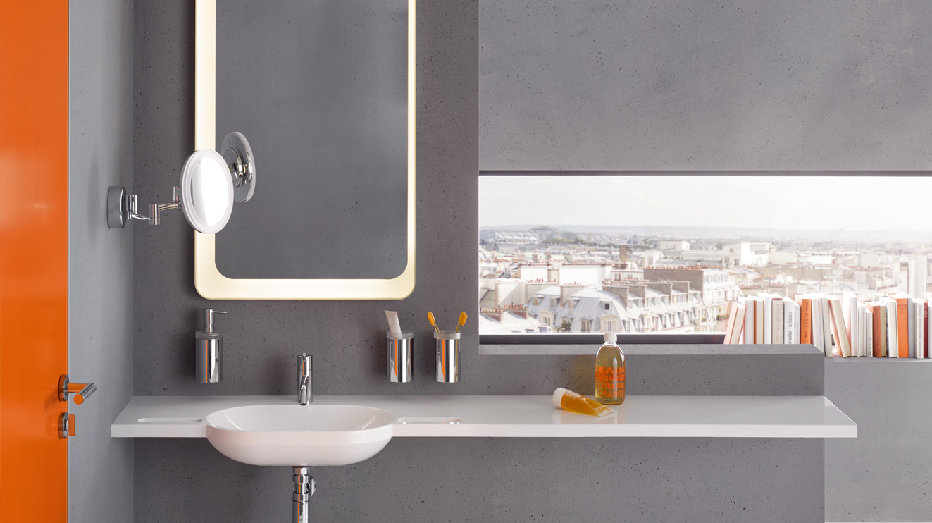 HEWI mirrors and adjustable mirrors | Flexibly usable and safe | HEWI