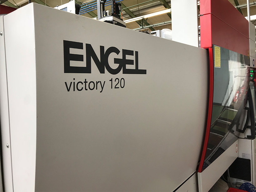 Injection moulding machine, angel, injection moulding