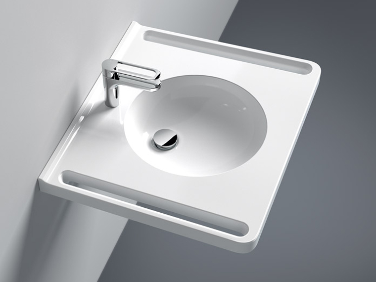 Washbasins with ergonomic gripping slots