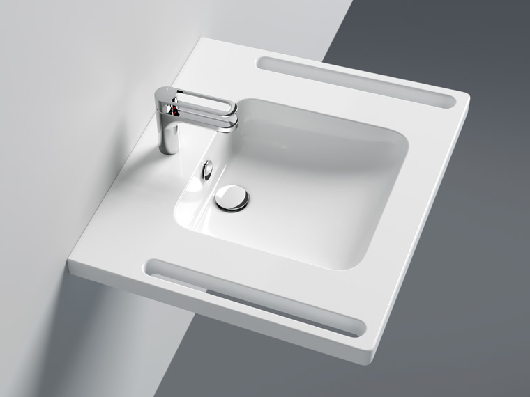 Washbasins with overflow