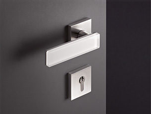 Range 180 - New Glass Door Lever Handles