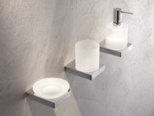 System 100 sanitary accessoires